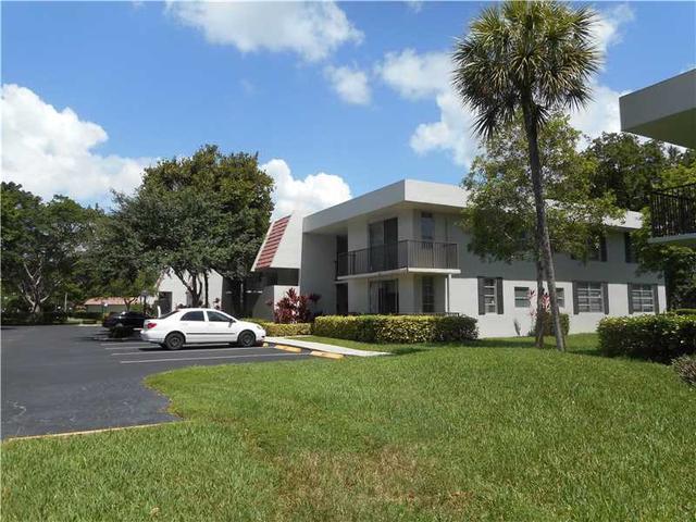 4009 N Cypress Dr #206, Pompano Beach, FL 33069