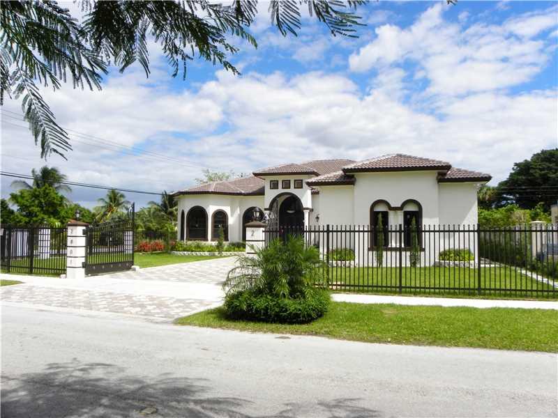 2801 SW 104 Court, Miami, FL 33165