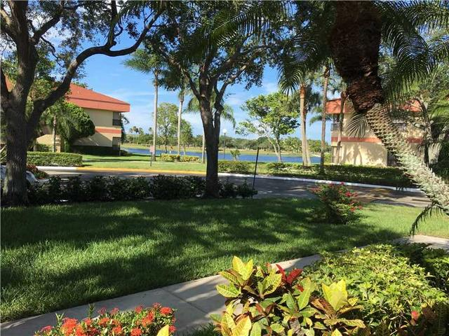 2806 Carambola Cir #1978, Coconut Creek, FL 33066