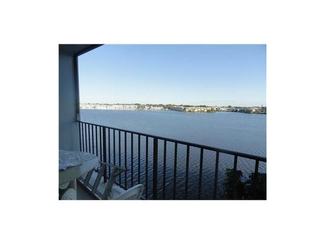 1301 NE Miami Gardens Dr #402W, Miami Gardens, FL 33179