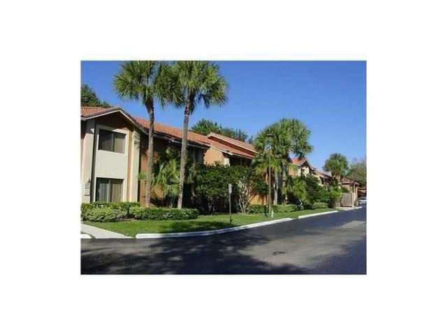 3188 Coral Lake Ln #3188, Coral Springs, FL 33065