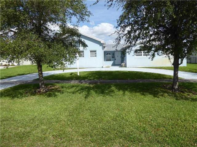10405 SW 96th St, Miami, FL 33176