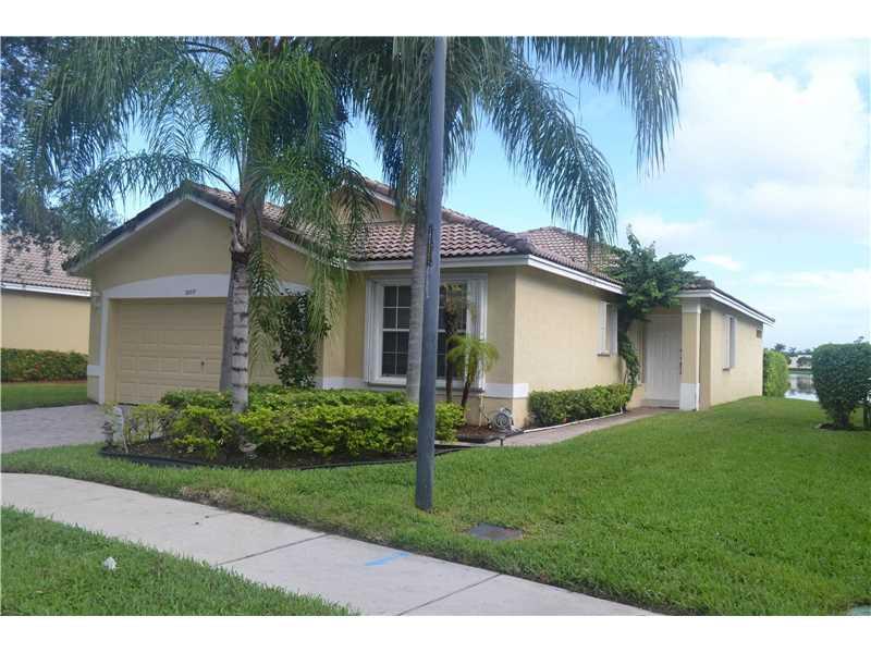 12017 SW 7 Street, Pembroke Pines, FL 33025