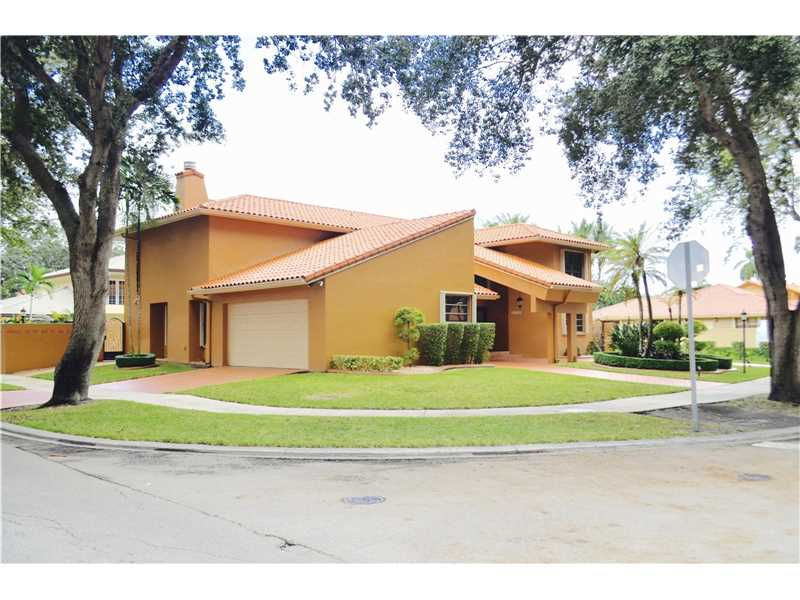 16720 NW 79th Place, Miami Lakes, FL 33016