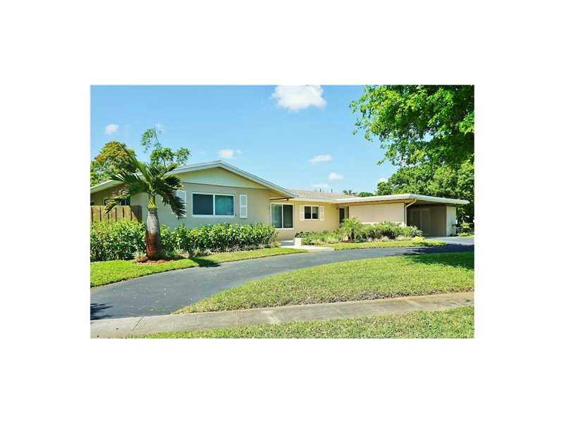 341 SW 54th Ave, Plantation, FL 33317