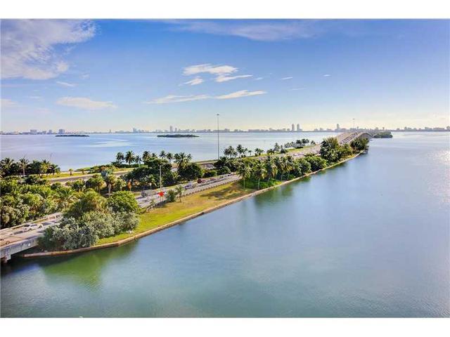 600 NE 36th St #823, Miami, FL 33137