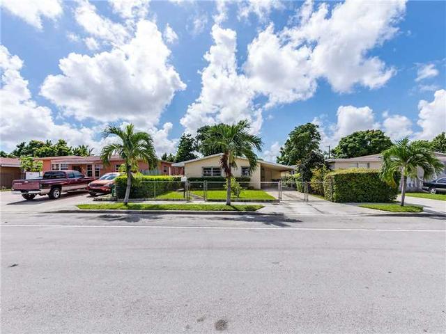 352 W 17th St, Hialeah, FL 33010