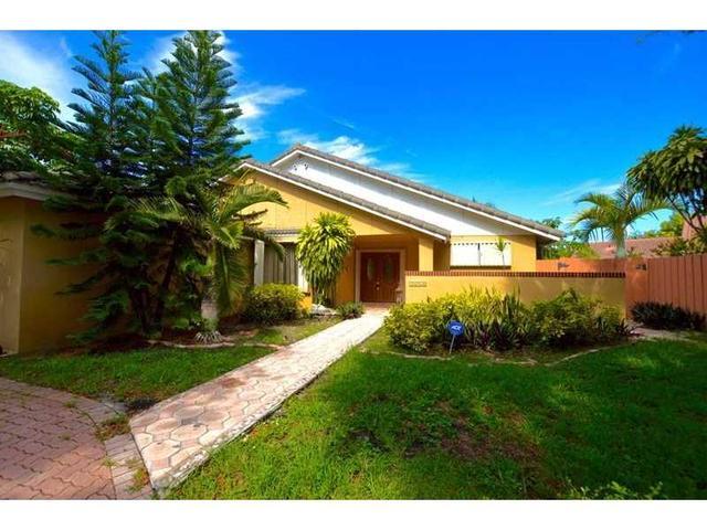 14740 Glencairn Rd, Miami Lakes, FL 33016