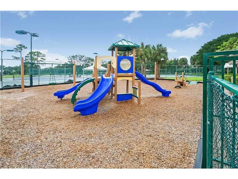 2560 Egret Lake Drive, West Palm Beach, FL 33413