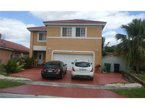 14251 SW 177th Ter, Miami, FL 33177