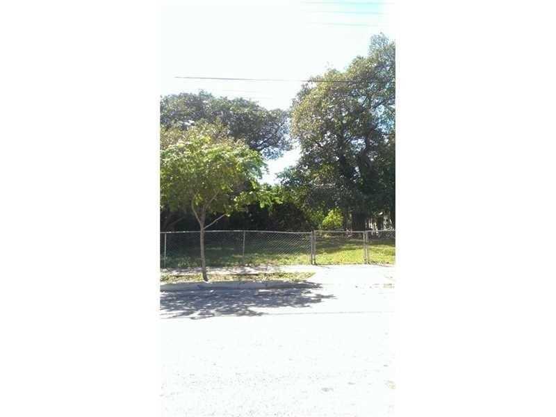 118 NW 45th Street, Miami, FL 33127
