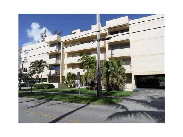 16518 NE 26th Ave #203, North Miami Beach, FL 33160