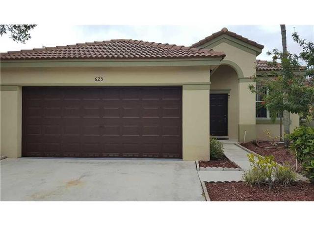 625 Bald Cypress Rd, Weston, FL 33327