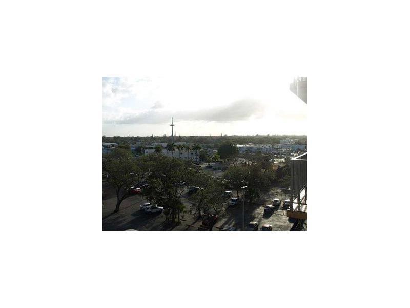 1470 NE 125th Terrace #702, North Miami, FL 33161