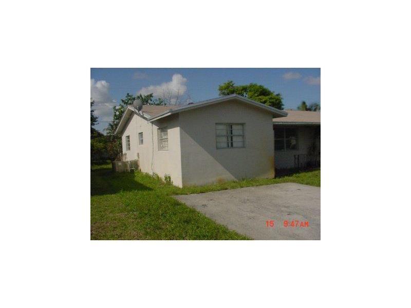 5300 NW 17th Street, Lauderhill, FL 33313