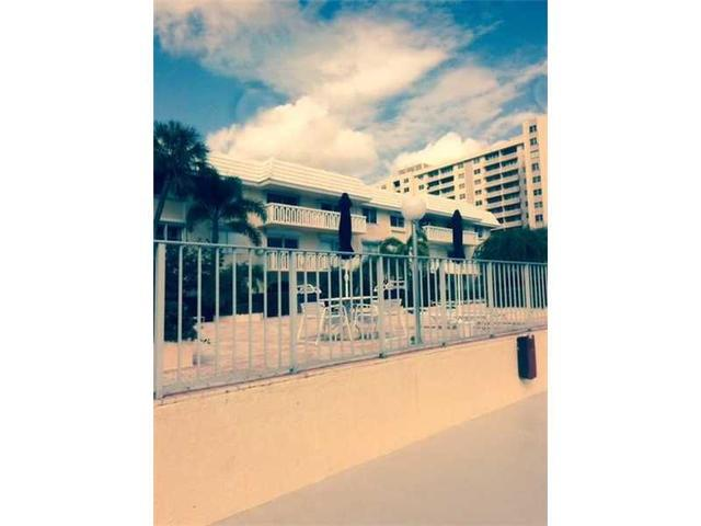 100 Edgewater Dr #213, Coral Gables, FL 33133