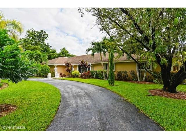 12895 SW 75th Ave, Pinecrest, FL 33156
