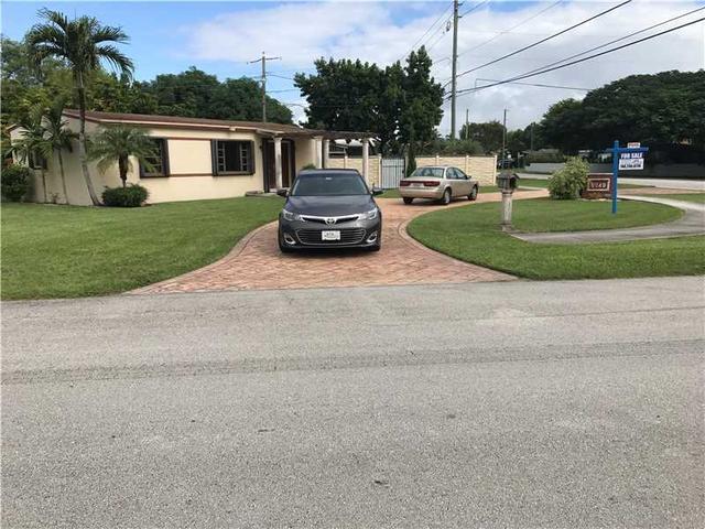 5040 SW 67th Ave, Miami, FL 33155