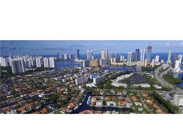 3725 NE 169th St #101, North Miami Beach, FL 33160