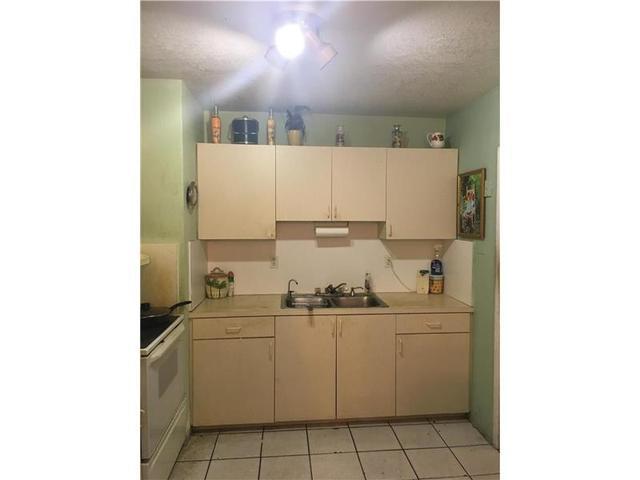 975 W 72nd Pl, Miami Lakes, FL 33014