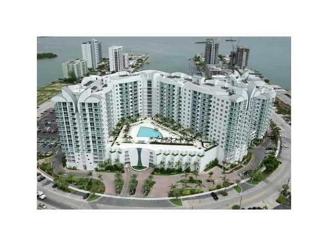 7900 Harbor Island Dr #1108, North Bay Village, FL 33141