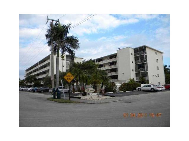 1425 Arthur St #114B, Hollywood, FL 33020