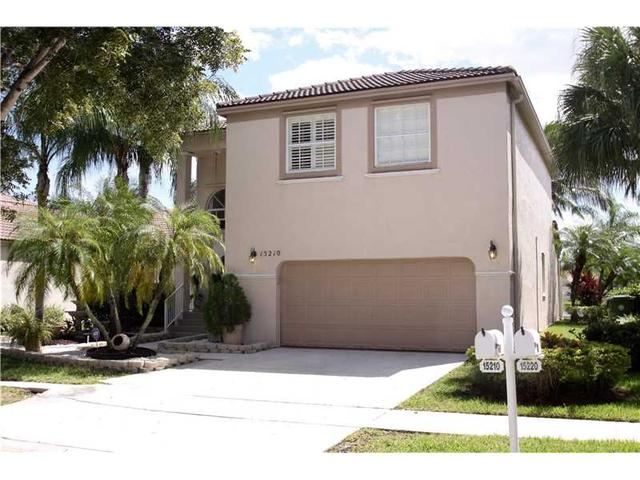 15210 NW 6th Ct, Pembroke Pines, FL 33028