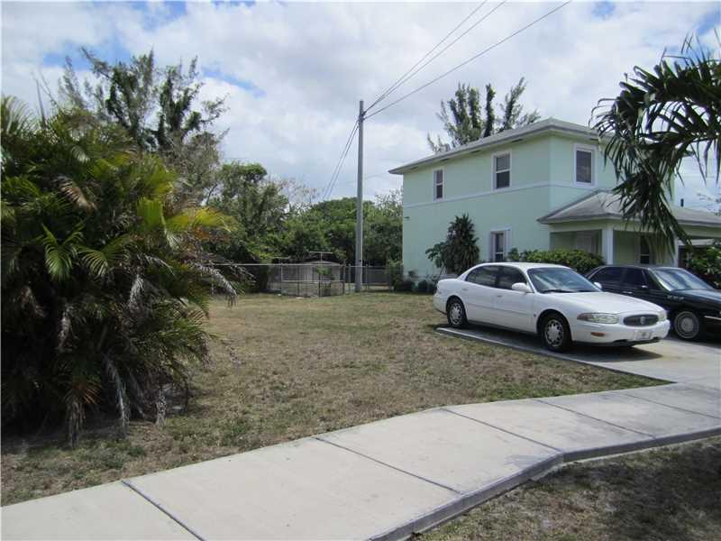 7055 NW 21st Court, Miami, FL 33147