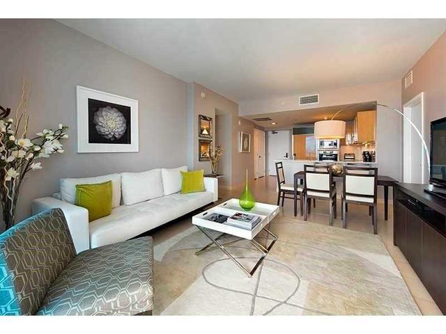 6799 Collins Ave #606, Miami Beach, FL 33141