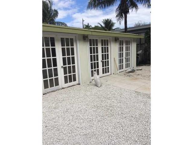 Loans near  NE th St, Miami FL