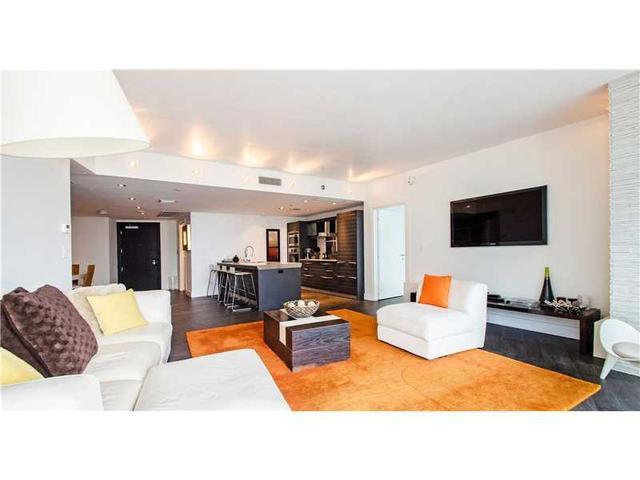 200 Biscayne Blvd Way #4007, Miami, FL 33131