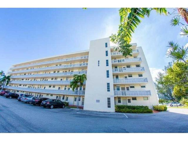 2910 Point East Dr #M508, Aventura, FL 33160