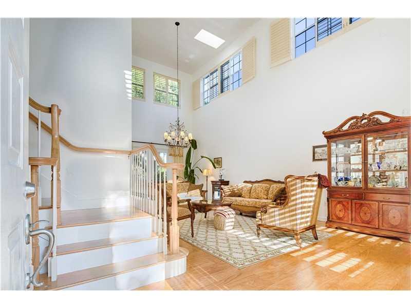 20066 NE 36th Place, Aventura, FL 33180