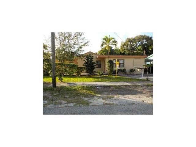 760 NE 152nd St, Miami, FL 33162
