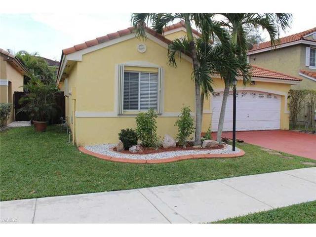 16098 SW 86th Ter, Miami, FL 33193