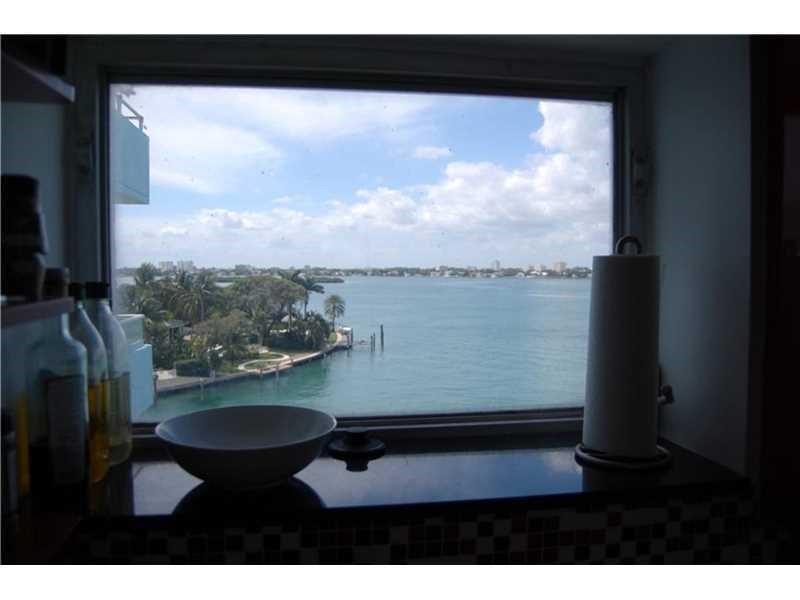 10300 W Bay Harbor Drive #6D, Bay Harbor Islands, FL 33154