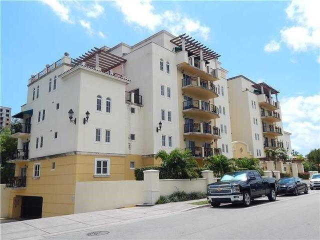 322 Madeira Ave #304, Coral Gables, FL 33134
