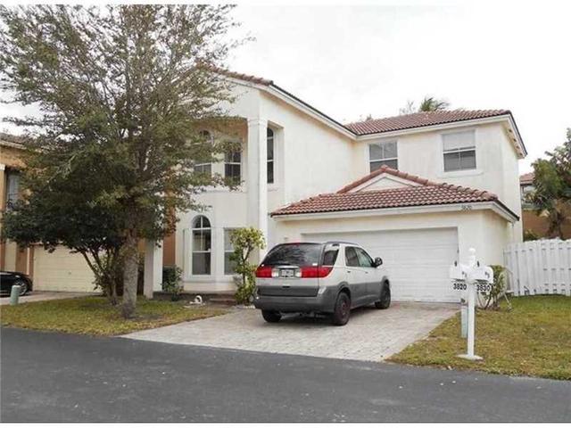 3820 SW 51st St, Fort Lauderdale, FL 33312