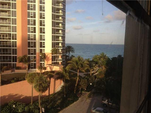 19201 Collins Ave #428, Sunny Isles Beach, FL 33160