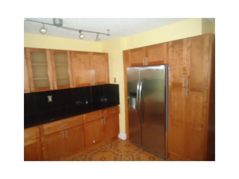 2285 SE 4th Court, Homestead, FL 33033