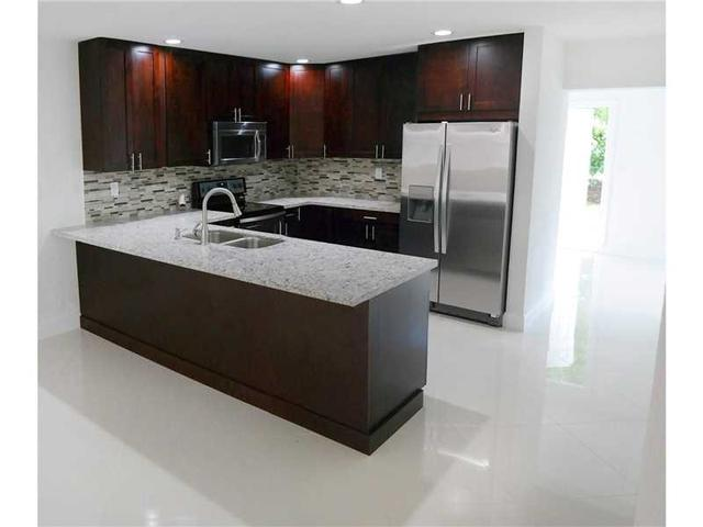4221 NW 110th Ave, Coral Springs, FL 33065
