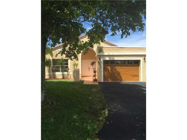 9623 NW 45th St, Sunrise, FL 33351