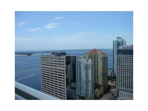 950 Brickell Bay Dr #3903, Miami, FL 33131