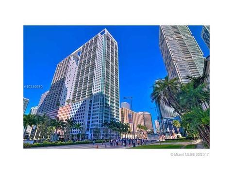 500 Brickell Ave #2810, Miami, FL 33131
