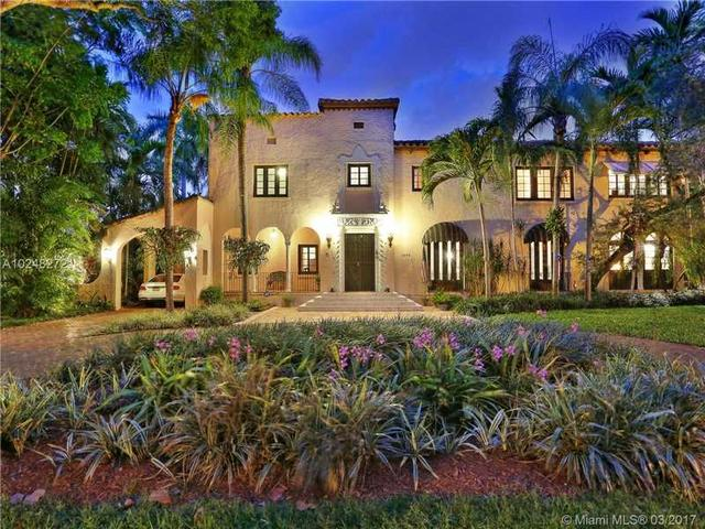 1115 N Greenway Dr, Coral Gables, FL 33134