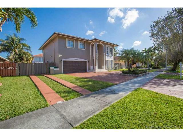 15803 SW 99th Ter, Miami, FL 33196