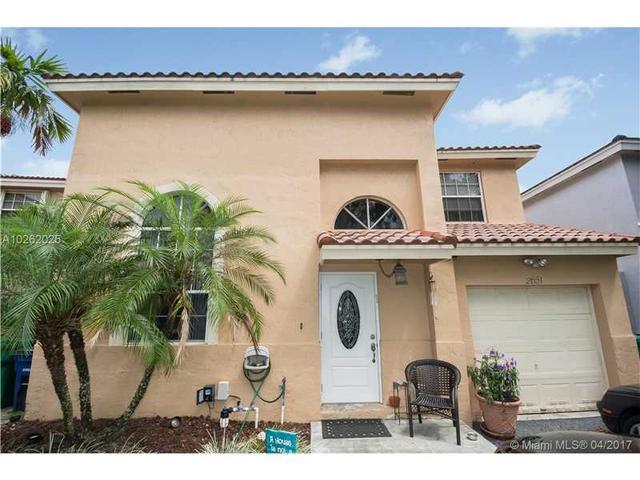 2651 E Saratoga Dr, Hollywood, FL 33026