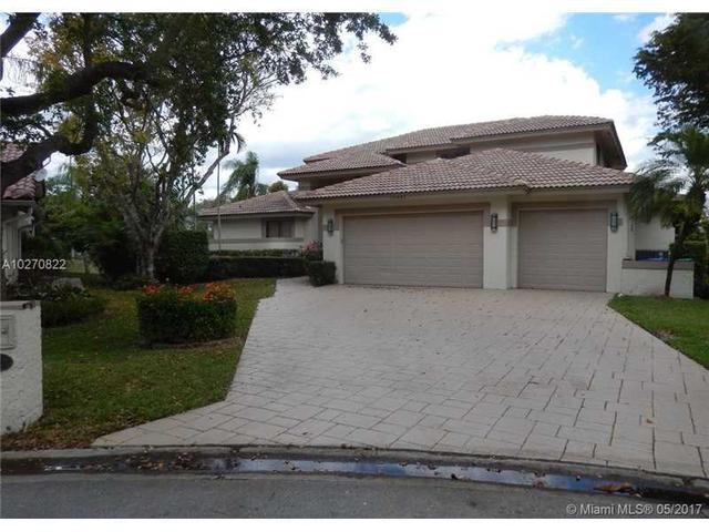 10401 NW 6th St, Coral Springs, FL 33071