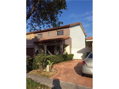 12347 NW 97th Pl, Hialeah Gardens, FL 33018