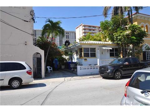 328 Monroe St, Hollywood, FL 33019
